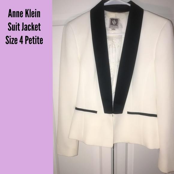 Anne Klein Jackets & Blazers - Anne Klein - Suit Jacket / Blazer - White -Size 4P